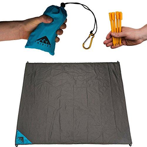 Tripify Mini Premium Picknickdecke Ultraleicht XXL Strandmatte oder Strandecke verwendbar - die perfekte wasserfeste Outdoor Matte für draußen - ersetzt jedes Strandtuch - blau (Blau) -