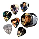 Neil Young Set of 6 Loose Guitar Médiators in Tin ( Collection D )