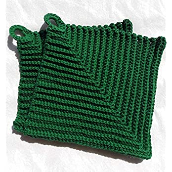 Topflappen 100% Baumwolle gehäkelt ca. 19 x 19 cm in dunkelgrün