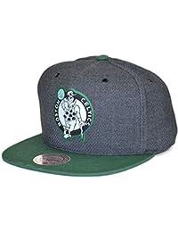 Mitchell   Ness Gorras Boston Celtics Woven Reflective Charcoal Snapback bbd79fec2fe