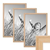 PHOTOLINI 3er Set Landhaus-Bilderrahmen 30x45 cm Holz Natur Massivholz mit Glasscheibe und Zubehör/Fotorahmen