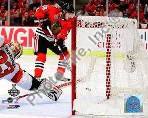 Nhl Poster Shop (The Poster Corp Patrick Kane Spiel fünf der 2010 NHL Stanley Cup Finals Goal (# 20) Photo Print (25,40 x 20,32 cm))