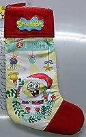Graziosa calza per la befana del famosissimo Spongebob. La calza 100% poliestere si presenta nella parte centrale in peluche a pelo basso con l'immagine stampata; la parte superiore e la punta invece sono in pile. Dimensioni: cm. 48x18/28x2 ...