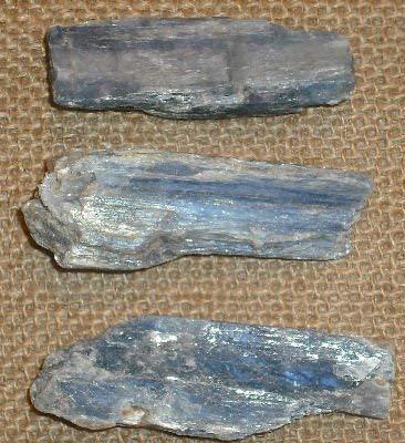 Gifts and guidance cianite cristallo grezzo blu lama naturale 20-30 mm x3