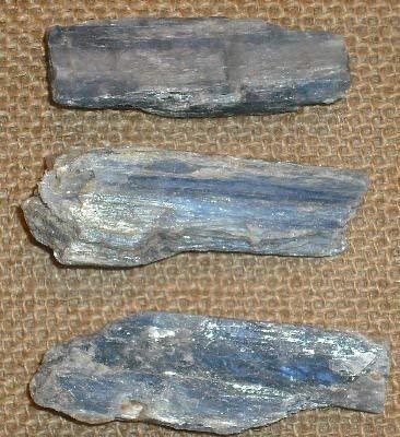Gifts and guidance cianite cristallo grezzo blu lama naturale 20-30 mm x3