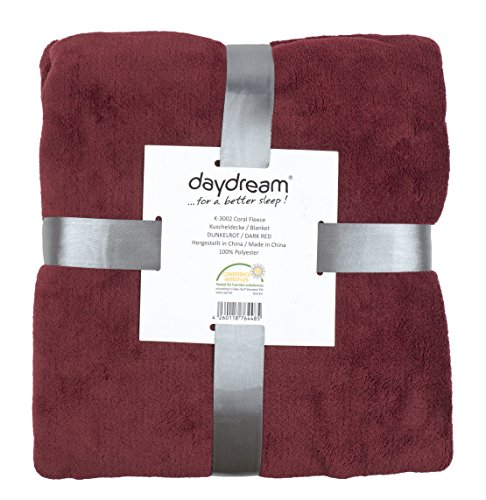 daydream-flauschige-Kuscheldecke-aus-Coral-Fleece-150-x-200-cm-dunkelrot-K-3002