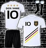 Deutschland Trikot + Hose + Stutzen mit GRATIS Wunschname + Nummer + Wappen Typ #D 2018 im EM / WM weiss - Geschenke für Kinder,Jungen,Baby,.. Fußball T-Shirt personalisiert als Weihnachtsgeschenk