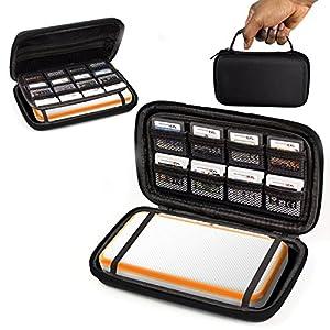 Orzly 2DSXL Case, Tasche für das Neu Nintendo 2DS XL – Aufbewahrungstasche / – Hartschalen Case/Cover/Hülle/Schutzhülle für die New Nintendo 2DS XL Konsole & Accesoires – SCHWARZ auf Schwarz