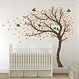 Design Divil 's großer fegender Herbst-Baum mit Blättern und Vögeln, Wandaufkleber, Vinyl, Matt b. Brown with forest green leaves & orange birds