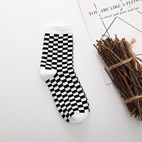 ZXXXFR Street Schwarz Medium Medium Tube Socks Liebhaber Strümpfe Studentenbewegung Uniform Code 5 Doppelzimmer, Schwarz Und Weiß