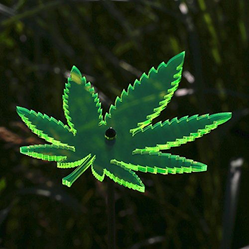 Bütic GmbH Sonnenfänger Cannabisblatt
