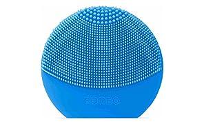 FOREO LUNA play plus, reisefreundliche Gesichtsmassagegerät , Blau (Aquamarine) , austauschbare Batterie und wasserfestes Hautpflege-Gerät