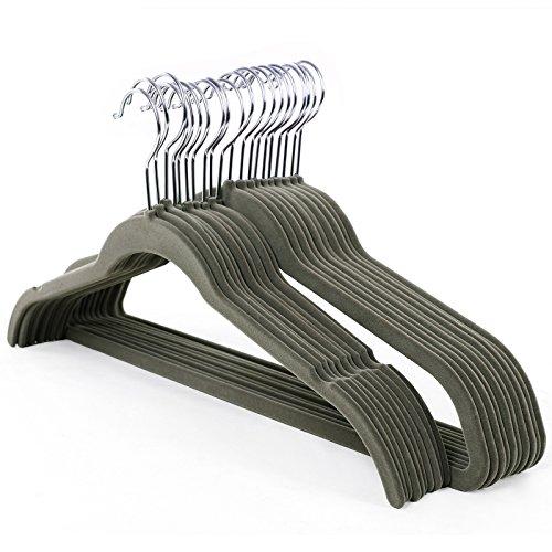 SONGMICS Kleiderbügel, Samt, 20 Stück, 0,6 cm dick, Anzugbügel Jackenbügel mit rutschfeste Oberfläche, Mit zwei Einkerbungen, 360° drehbarer Haken, Antirutsch, Grau CRF10G