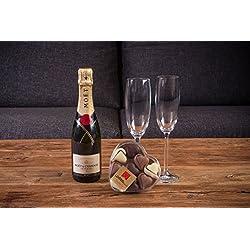 Bubble Pack Romántico champagne Moët & Chandon 75 cl. + caja con 9 bombones con forma de corazón LOVERSpack