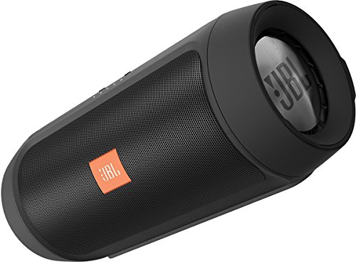 JBL Charge 2+ Tragbarer Spritzwasserfester Wireless Bluetooth Stereo-Lautsprecher mit Aufladbarer Batterie, Integrierter Freisprecheinrichtung, 3,5 Stereoeingang und Social-Modus Funktion - Extrem kraftvoller Sound und Bass - Kompatibel mit Apple iOS und Android Geräten - Schwarz