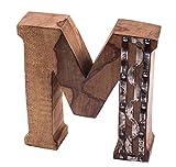 gravurART Holzbuchstabe M massiver Deko-Buchstabe 20cm zum Stellen, stylisch - rockig mit Metallbeschlägen