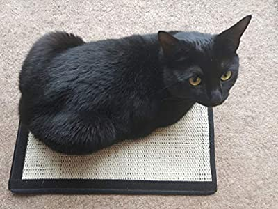 Loki & Luna - Classic Style Cat Scratching Mat with Hook-and-Loop Fasteners on 2 Sides for Use with Furniture or Alone 40cm x 30cm - Scratch Pad from Loki & Luna