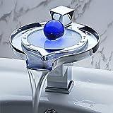 Eleoption RGB Farbwechsel LED Wasserfall Armatur Wasserhahn mit Ablaufgarnitur für Bad