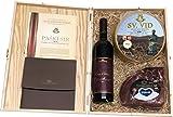 Geschenkbox mit Kraški Pršut Wein Laib Sveti Vid in Weinkisten aus Holz