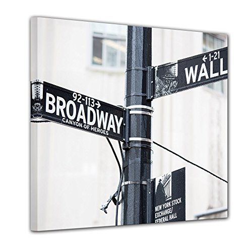 Kunstdruck - Wallstreet - Broadway - Strassenschild - Bild auf Leinwand - 60x60 cm einteilig - Leinwandbilder - Städte & Kulturen - New York - Finanzdistrikt in Manhattan