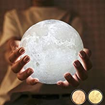 Dreamiracle LED lampara de luna Recargable 3D Moon Lamp 13cm Con 3 Colores a Elegir e Intensidad Regulable Luz de Ambiente Perfecta para Dormitorio Salón Café Bar