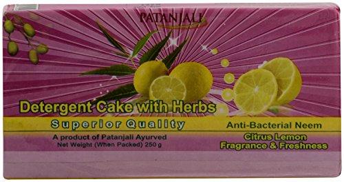 Patanjali Ujjwal Detergent Cake - 250 g