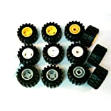 12 Stück LEGO 'Reifen Art. 6015' 4x mit Gelber Felge ; 4x mit Neu-Hellgrauer Felge und 4x mit Weisser Felge.
