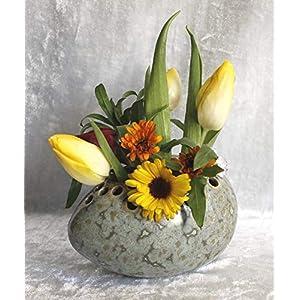 Steckvase Ei Keramik Handarbeit grün klein