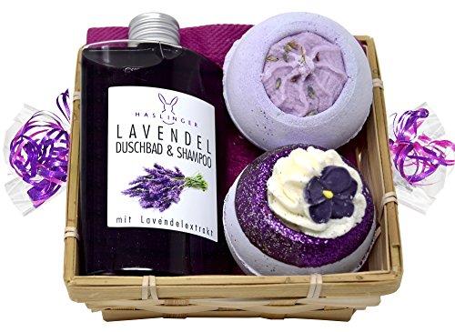 Wellness Geschenkset 5 tlg. SPA Lavendel Duschgel und Shampoo, 2 x Badebombe, Seifttuch 30x30 cm im Geschenkkorb (Am Besten Lavendel-kerze)