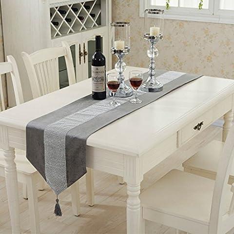 AKA Luxe Diamante chemin de table épais en velours en fil chenille satiné Franges de Noël, Satin, gris, 13'' x 71''