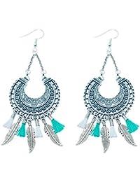 Créative Perles - Boucles d'oreilles ethnique métal mini pompon vert blanc et plume indienne - Argenté