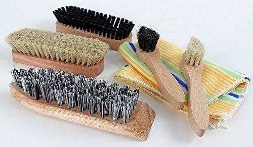 Schuhputz-Set, 7-teilig: 2 Glanz-, 2 Auftrags-, 1 Schmutzbürste, 1 Poliertuch, Klarsichttasche