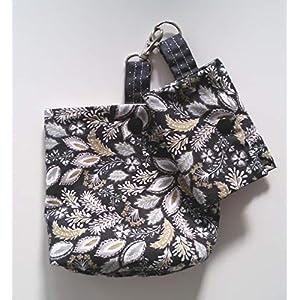 Futterbeutel und kleine Tasche schwarz mit Pflanzen Motiv Handarbeit Handmade