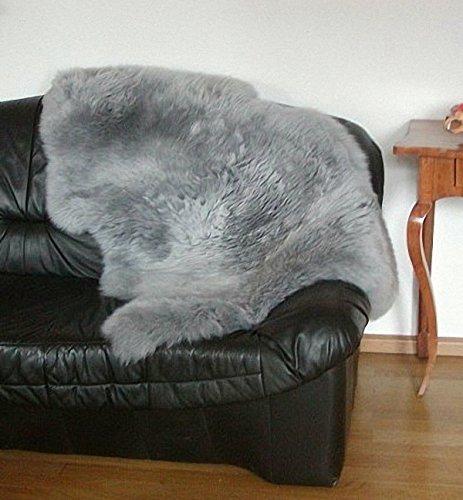 Preisvergleich Produktbild Natur Lammfell grau, ökologische Gerbung mit Alaun, pflanzliche Färbung, waschbar, ca. 115 cm lang