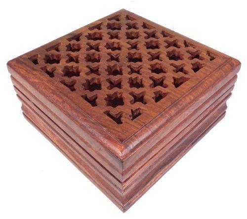 Boîte à bijoux en bois gravé - pour bijoux, secrets, cartes de tarot, pot-pourri