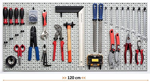 Kreher XXL Werkzeugwand, Lochwand aus Metall, Stärke ca. 1 mm, Hellgrau. Inkl. Haken Sortiment 52 Teile. Maße BxT 120 x 46 cm.