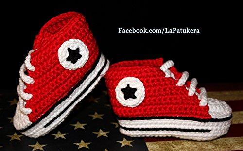 Patucos bebé. Crochet. Unisex. Estilo Converse. Color