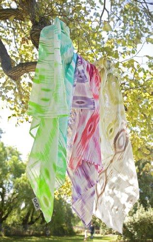 OiOi Wickeltuch aus Musselin, naturfarben mit mehrfarbigem Ikatmuster, Digitaldruck