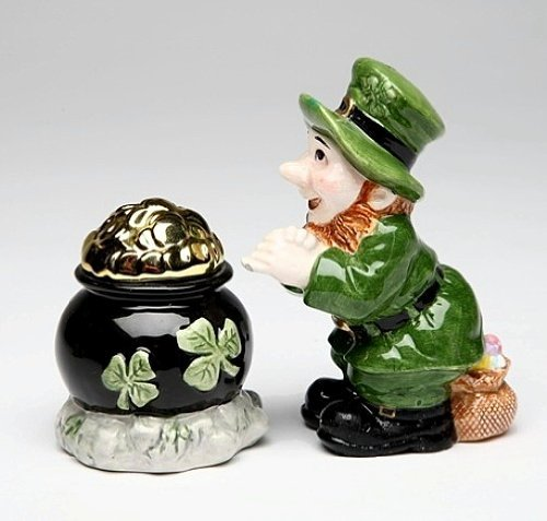 Leprechaun and Pot O Gold Salt & Pepper Shaker Set 3-inches high by Appletree Cosmos Gold Pepper Shaker