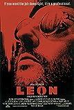 Close Up Leon der Profi Poster (68cm x 102cm) + Original tesa Powerstrips® (1 Pack/20 Stk.)