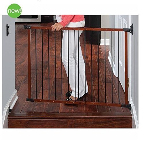 cherry-security-gate-from-kidco-safeway-designed-to-be-installed-in-angled-areas-where-walls-or-stai