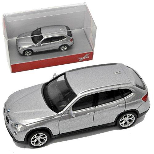 BMW X1 E84 SUV Glacier Silber 1. Generation 2009-2015 H0 1/87 Herpa Modell Auto