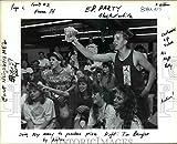 Vintage Photos 1991Press Photo Tom Bergler avec Les élèves à Enchères à Centennial High School...