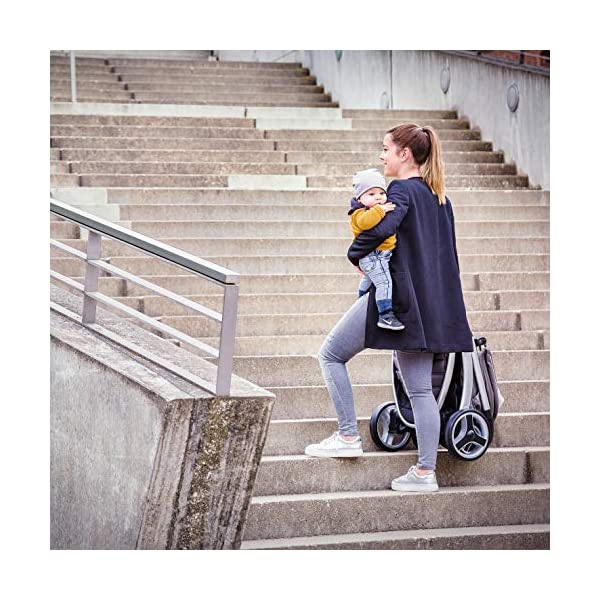 Hauck Lift Up 4, Lightweight Pushchair from Birth to 25 kg, Quick Fold with One Hand with Lying Position, Telescopic, Height-Adjustable Push Handle, Cup Holder, Charcoal Hauck EASY FOLDING - Thanks to its One-Hand-Fold mechanism, this pushchair is folded away within seconds up to a small size. This can be easily transported by the carry strap, leaving one hand free for your little one LONG USE - This buggy can be used over a long period of time as it is suitable from birth thanks to lying position and up to 25 kg. It can also be combined with the hauck Comfort Fix infant car seat + adaptors or hauck 2in1 Carrycot COMFORTABLE - Thanks to backrest and footrest beign adjustable into lying position which is suitable for bigger children, too, as well as large sun hood with UV protection and height-adjustable, telescopic push handle 19