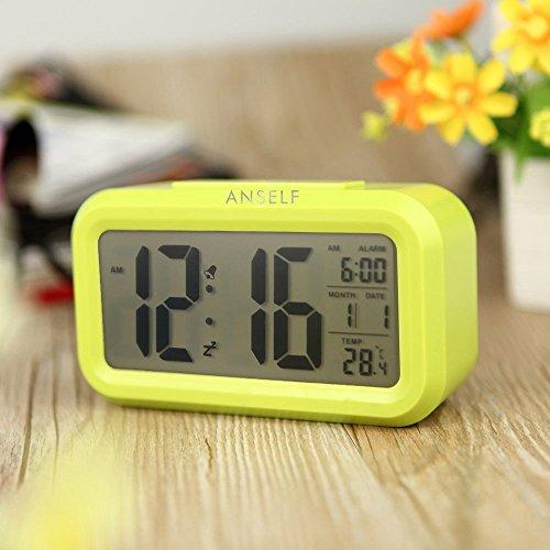 Anself LED Digital Alarma Despertador Reloj Repetición activada por luz Snooze Sensor de luz Tiempo Fecha Temperatura (Verde)
