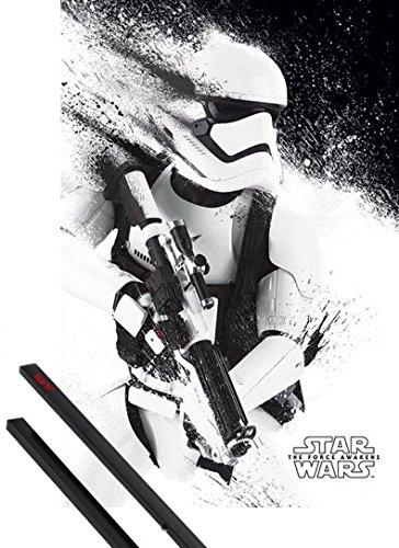 Poster + Sospensione : Star Wars Poster Stampa (91x61 cm) Il Risveglio Della Forza Episodio VII, Flametrooper E Coppia Di Barre Porta Poster Nere 1art1®