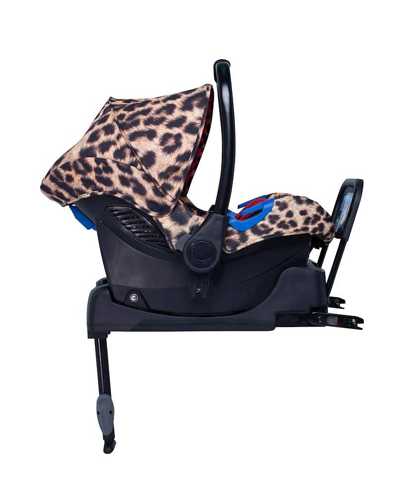 Cosatto Paloma Faith Group Port 0+ Hear Us Roar - Leopard Print Cosatto Port is suitable from birth to 13kg (12-15 months approx) Rearward facing, it fits with standard 3 point in-car seatbelts The deep comfortable shell and side impact protection bring extra in-car security 2