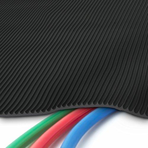 etm Profi Kabelschutzmatte | 50 cm x 5 m | effektive Kabelbrücke aus flexiblem Feinriefen SBR-Gummi | Kabelmatte mit 3 mm Stärke | Schwarz