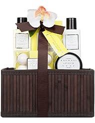 Invero® 5 Pièce Ladies Basmati et Palm Leaf Bath Hamper Gift Set - Présenté dans le panier en bois de luxe avec...