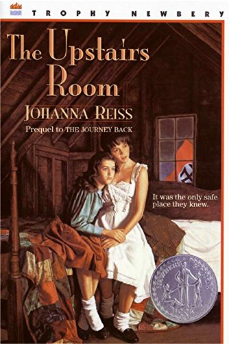 The Upstairs Room (Trophy Newbery)
